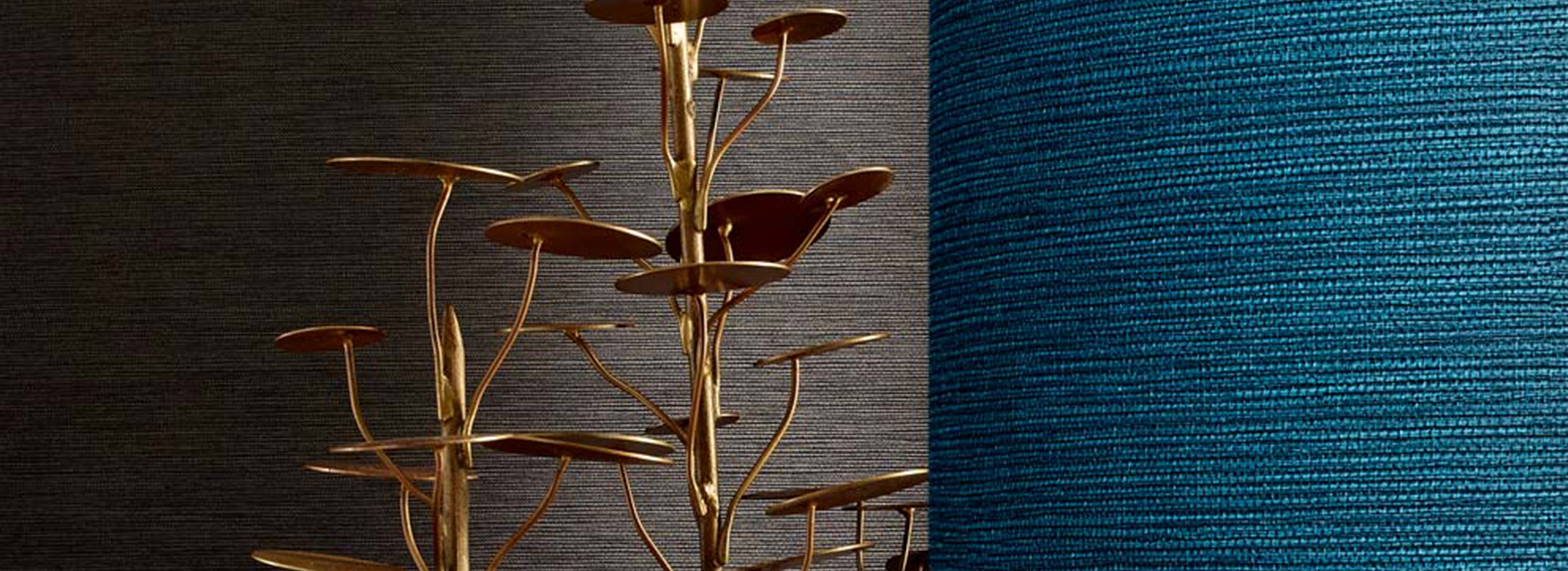 Zeteo Linen Wallcovering from LEVEY Commercial and Architectural Finishes